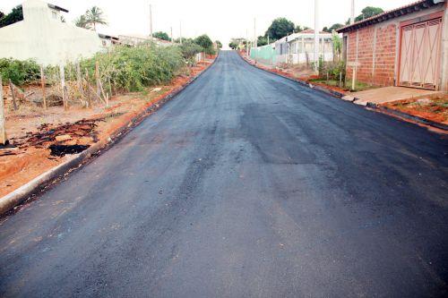 Rua Marechal Deodoro da Fonseca foi asfaltada