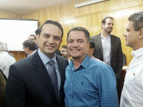 Deputado federal Evandro Gussi e o prefeito