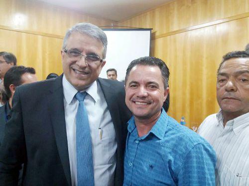 Deputado estadual Reinaldo Alguz e Val Dantas