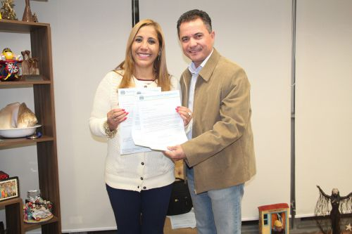 Deputada estadual Clélia Gomes e o prefeito Val Dantas