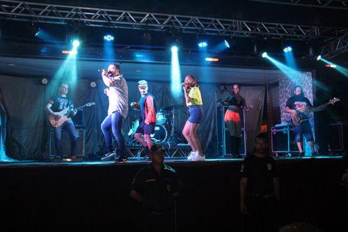 Banda Sem Limites animou o show de Natal