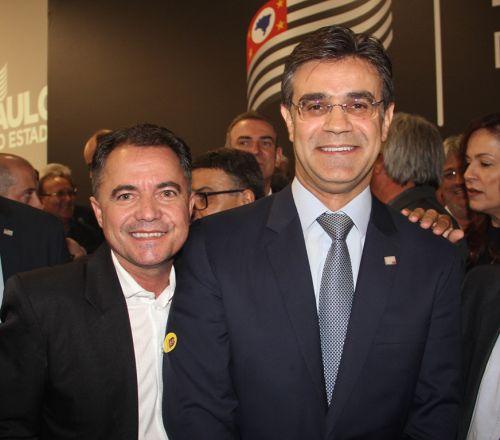 Prefeito Val Dantas e o vice-governador Rodrigo Garcia no evento