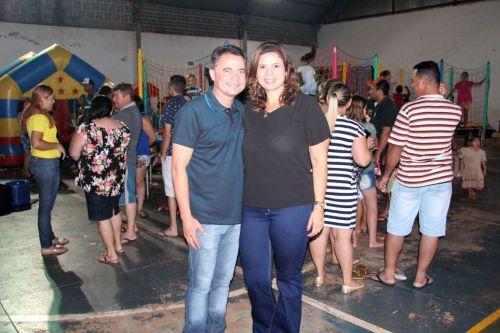 Prefeito Val Dantas e a primeira-dama Rose Barbosa