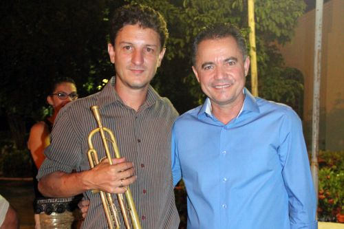 Maestro Valter e o prefeito Val Dantas