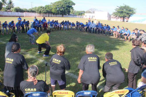 Professor Lucas e integrantes do Melhor Idade apresentaram a Capoterapia