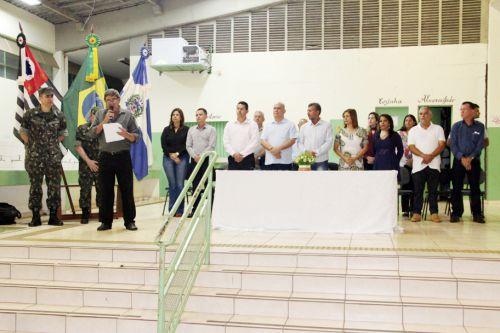 Autoridades presentes na solenidade de entrega de Reservistas