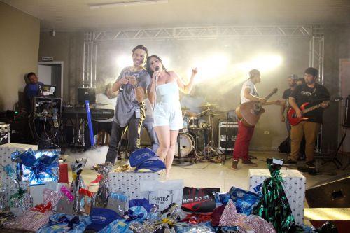 Banda Bam animou o baile no centro comunit�rio