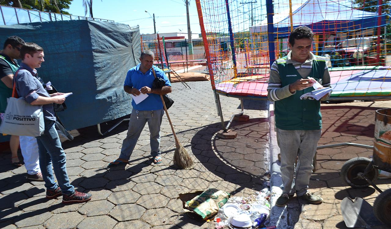PREFEITURA LANÇA CAMPANHA DE EDUCAÇÃO AMBIENTAL DURANTE FESTA