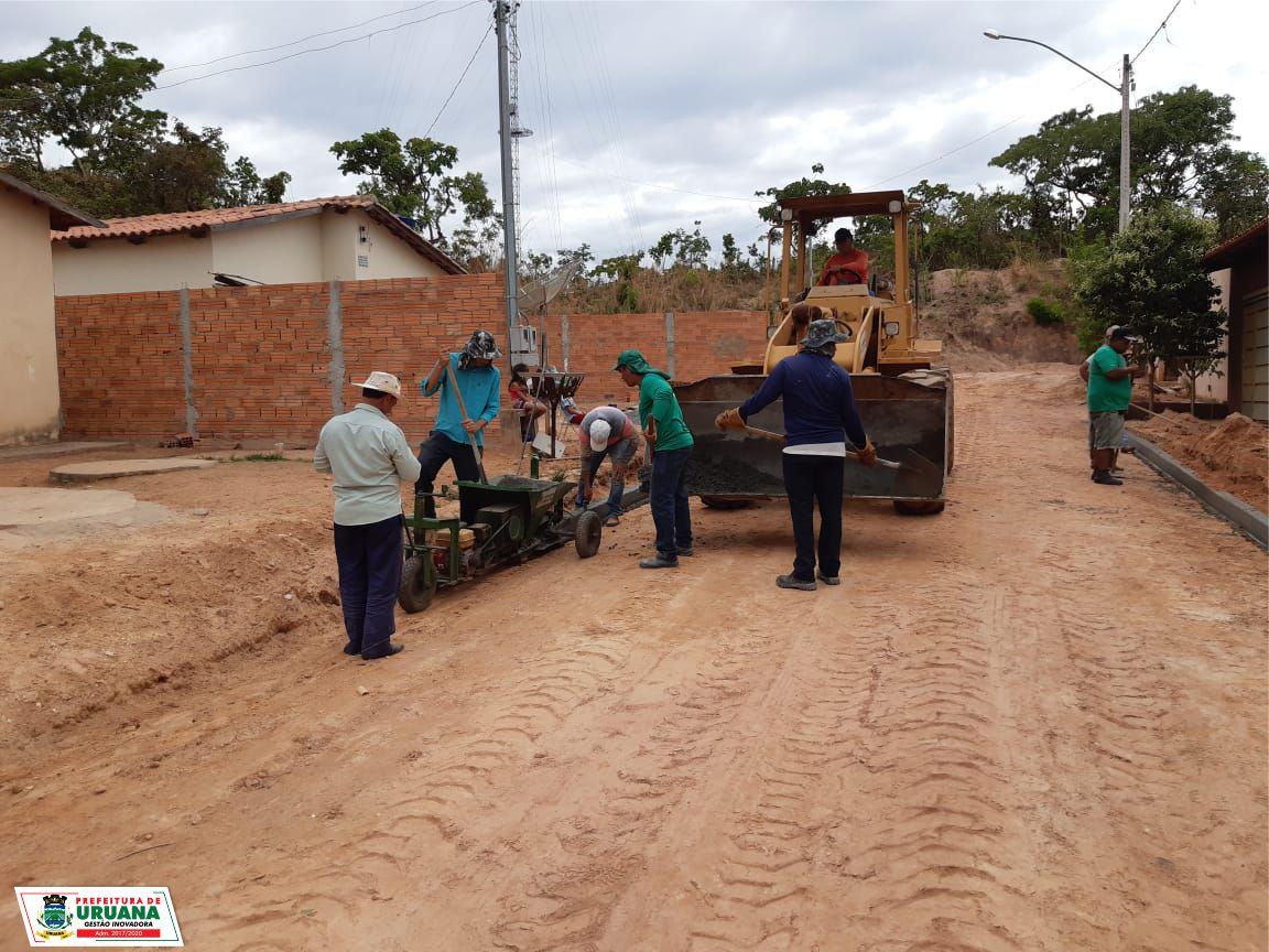 CONSTRUÇÃO DE MEIO FIO NO SETOR MACEIÓ FERREIRA PIRES