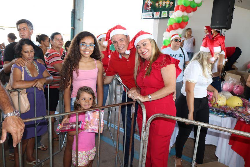 PREFEITURA PROMOVE ENTREGA DE BRINQUEDOS DE NATAL AS CRIANÇAS DE URUANA