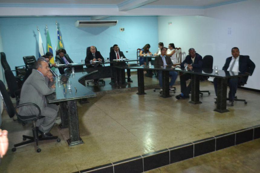 CÂMARA COLOCA MUNICÍPIO E FUNDO DE PREVIDÊNCIA PERTO DE COLAPSO FINANCEIRO