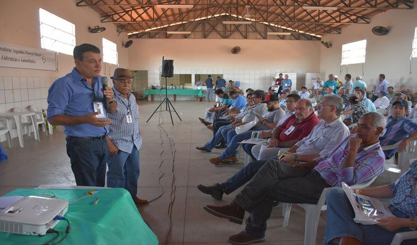 PREFEITO CÁSSIO GUSMÃO PARTICIPA DE EVENTO PROMOVIDO PELA EMATER