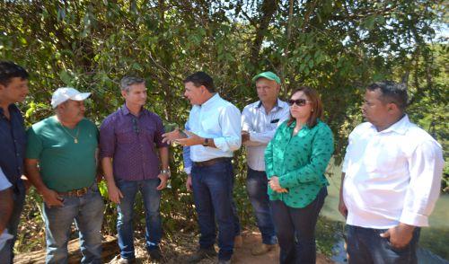 PREFEITOS DE URUANA E JARAGUÁ ANUNCIAM NOVA PONTE SOBRE RIO SUCURI