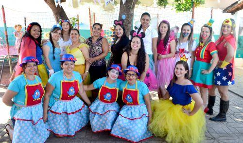 REDE MUNICIPAL DE ENSINO REALIZA FESTIVIDADES E BRINCADEIRAS