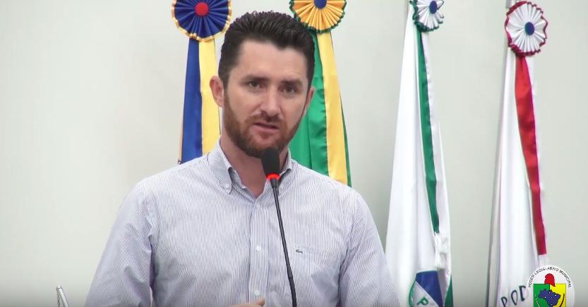 VEREADOR SANDRO REIVINDICA MAIS FISCALIZAÇÃO NO TRÂNSITO DE GUAÍRA