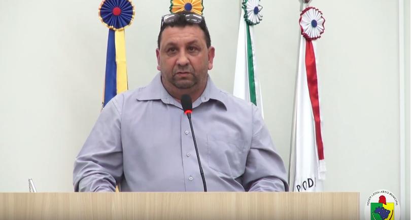 VEREADOR INDICA AO PODER EXECUTIVO MELHORIAS PARA A RUA ACHILES VENDRUSCOLO