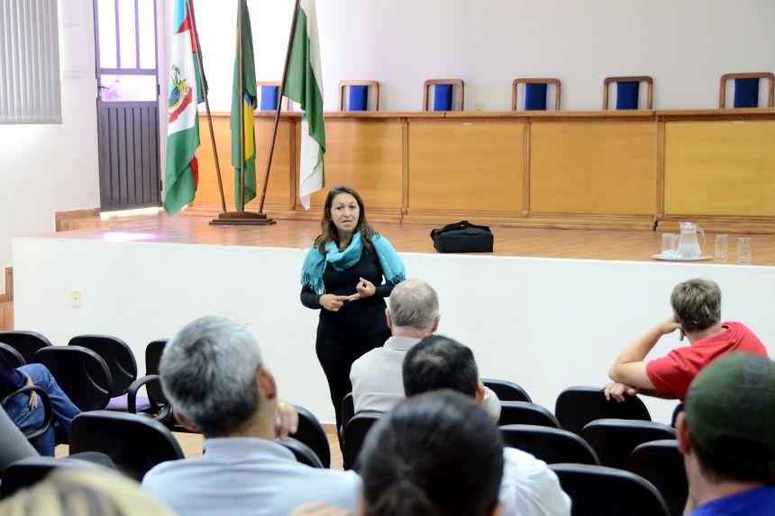 """""""Oeste 2030: Cooperação para o Desenvolvimento Sustentável"""""""