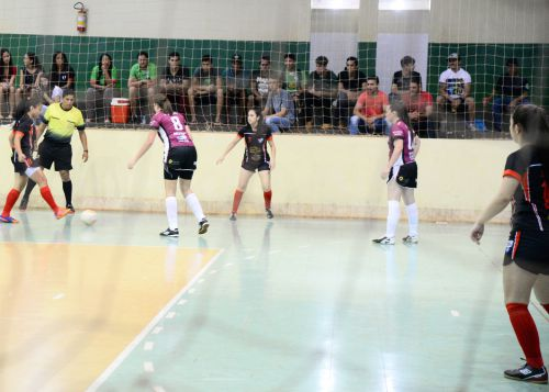 Final do Campeonato Municipal de Futsal nas categorias Masculino Juvenil e Feminino.