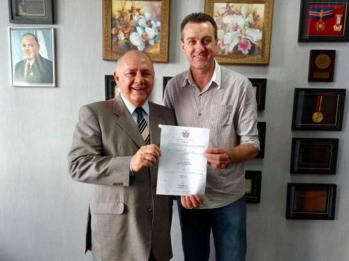 """""""Programa Estadual de Combate à Sede e Acesso à Água- Água no Campo"""""""