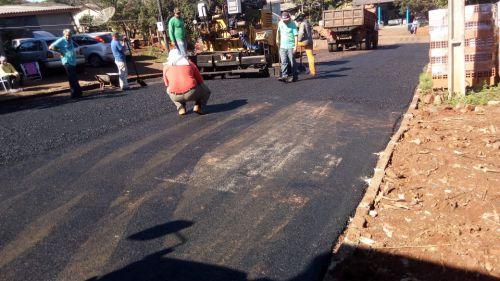 Mais uma etapa concluída de pavimentação asfáltica na Travessa 13