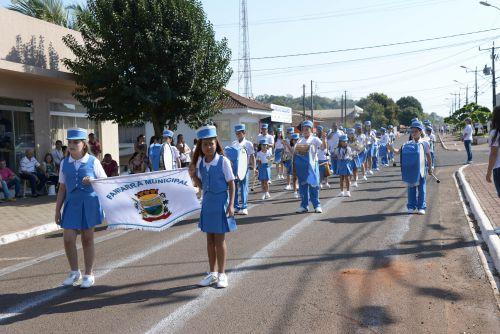 Desfile Cívico em comemoração a 07 de Setembro!