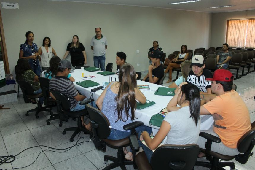 Jovem Agricultor Aprendiz (JAA) - Aula inaugural do curso sobre Olericultura.