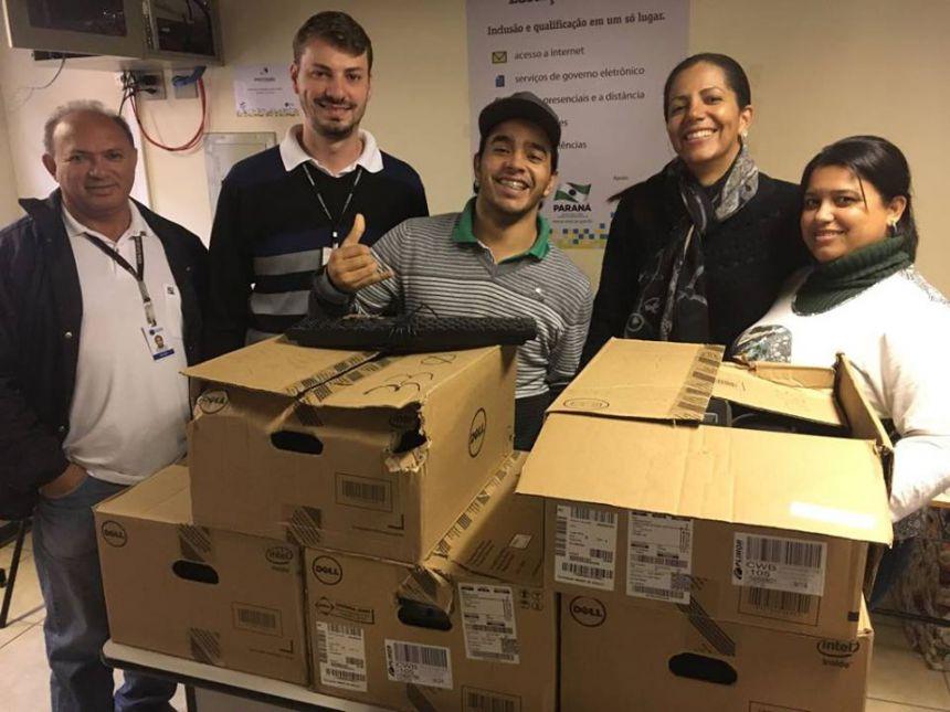 Telecentro da Biblioteca Cidadã Claudionor dos Anjos Silva, recebe mais máquinas da CELEPAR.