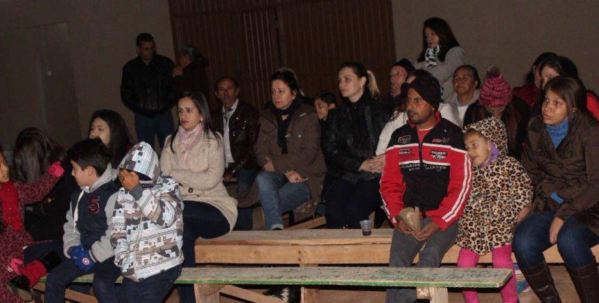 Reinauguração do Barracão da Vila Rural