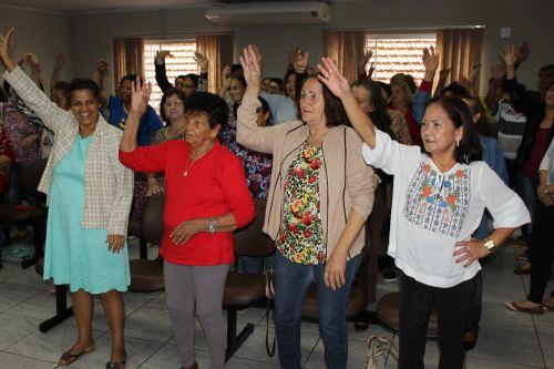 Comemoração da Semana do Idoso para os participantes do Projeto Feliz Idade