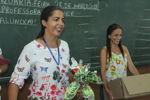 Secretaria de Educação distribui ovos de páscoa nas escolas municipais