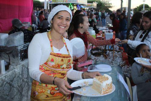 Feira de Artesanato e Culinária, e Encontro de Fanfarras