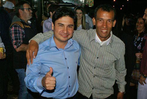 Show com a Banda Brasil 2000