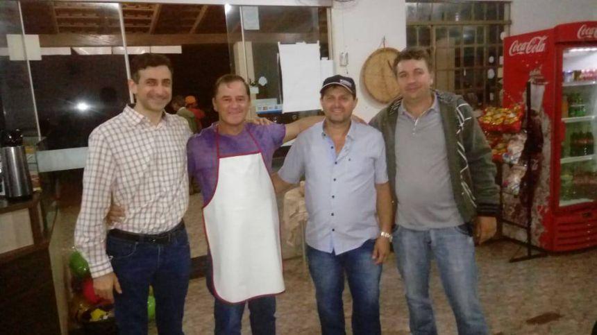 Prefeito visita pontos de manifestação nos distritos Nossa Senhora da Penha e Ouro Verde do Piquiri