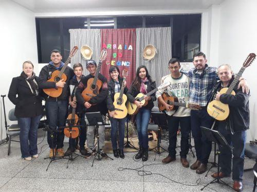 Alunos do curso de Viola Caipira se apresentam no CONC