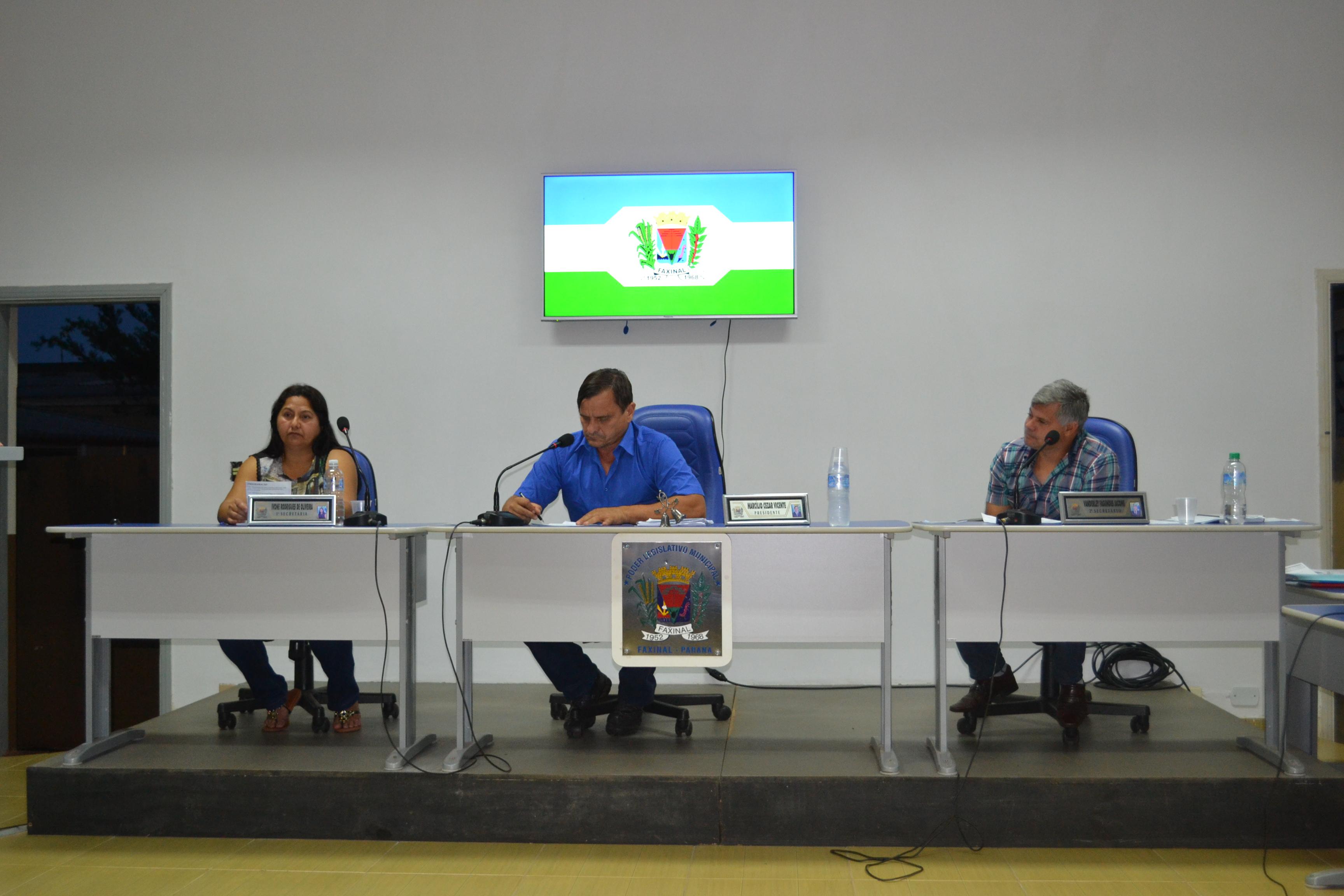 Câmara aprova contas do ex-prefeito Adilson Silva Lino