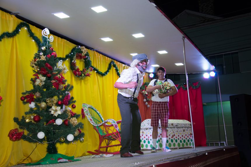 Caravana de Natal Encantado do Paraná visitará Rancho Alegre D′Oeste