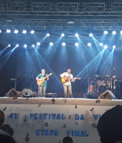 Trio Rancho Alegre se apresentando no Festival de Viola