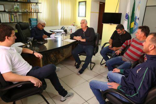 Prefeitura de Pontal do Paraná e secretaria de Estado de Esporte assinam termo de adesão aos Jogos da Natureza