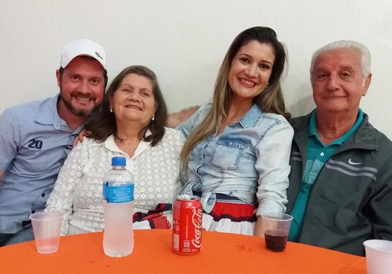 Adécio Parpinelli e família