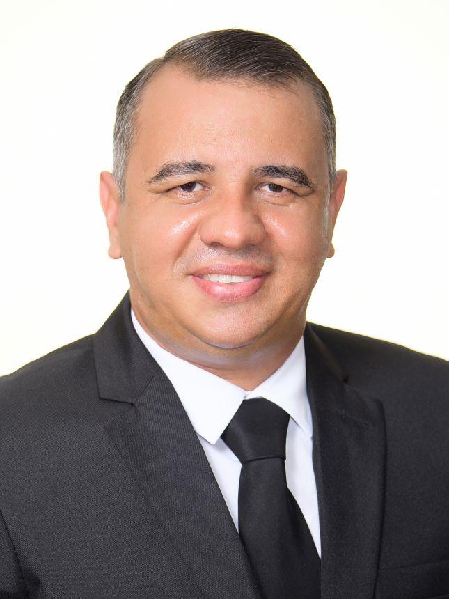 Marcos Fontes                PROS