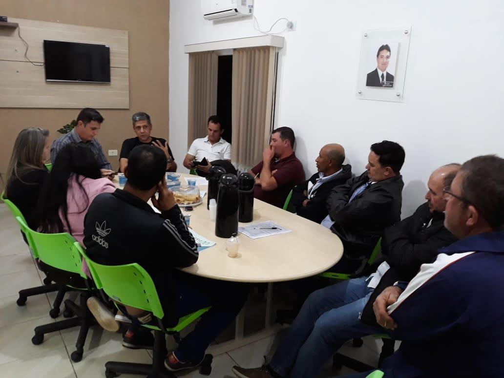 Vereadores se reuniram com prefeito para tratar da saúde e infra-estrutura da cidade.