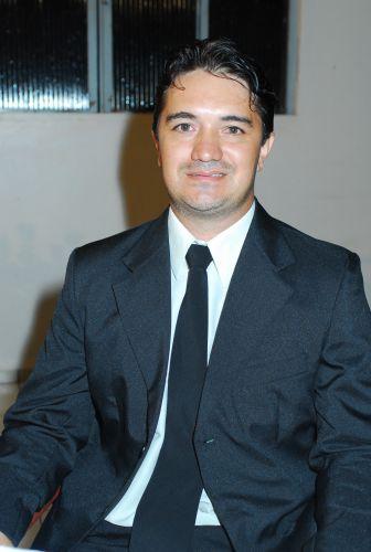 VALDERI JANUÁRIO DE LIMA