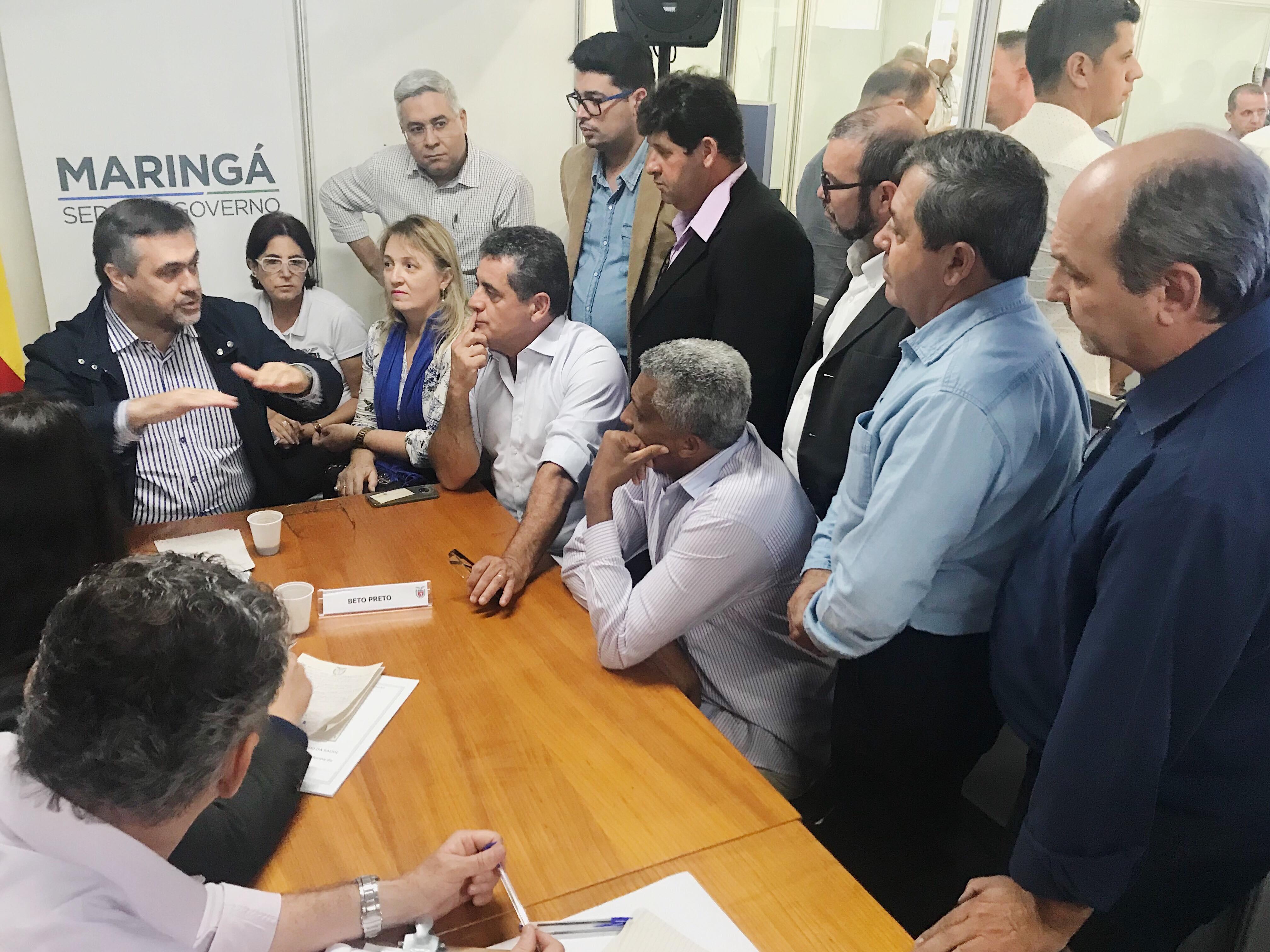 Reunião com o secretário de Saúde, Beto Preto.