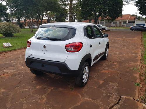 Aquisição de mais um veículo para atender à saúde do município.