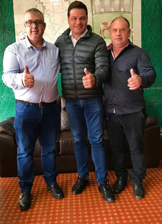 SECRETÁRIO SANDRO ALEX VISITA JOAQUIM TÁVORA