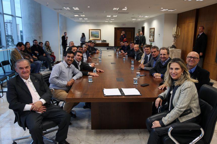 GOVERNO DO ESTADO LIBERA 2,5 BILHÕES PARA OBRAS EM DOIS MESES