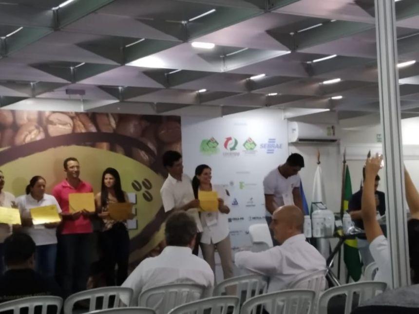 PREMIADOS EM JACAREZINHO PRODUTORES DE JOAQUIM TÁVORA E TOMAZINA