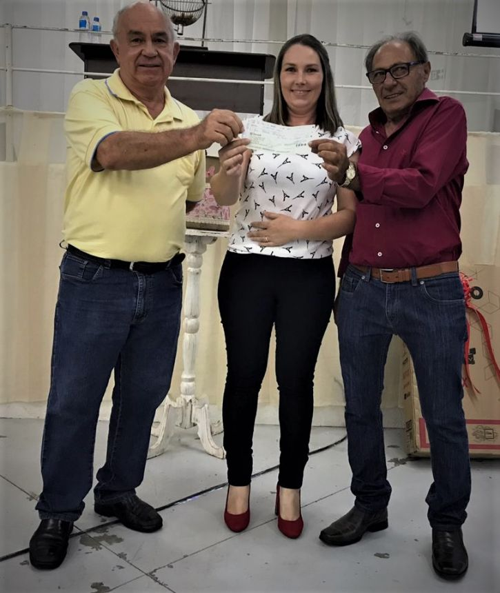 SHOW DE PRÊMIOS DO HOSPITAL É SUCESSO EM JOAQUIM TÁVORA
