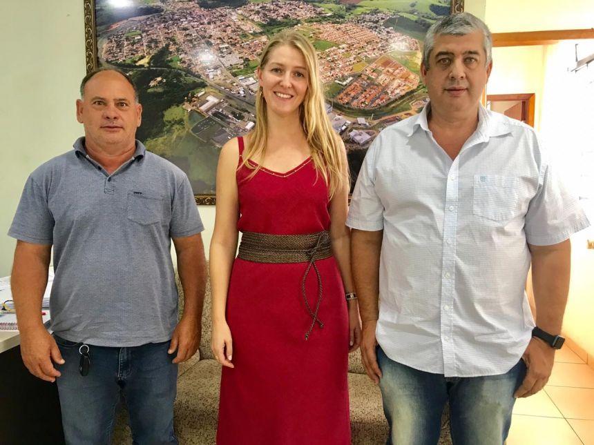 PREFEITURA CONVOCA NOVOS PROFESSORES, ARQUITETO E ASSESSORIA JURÍDICA