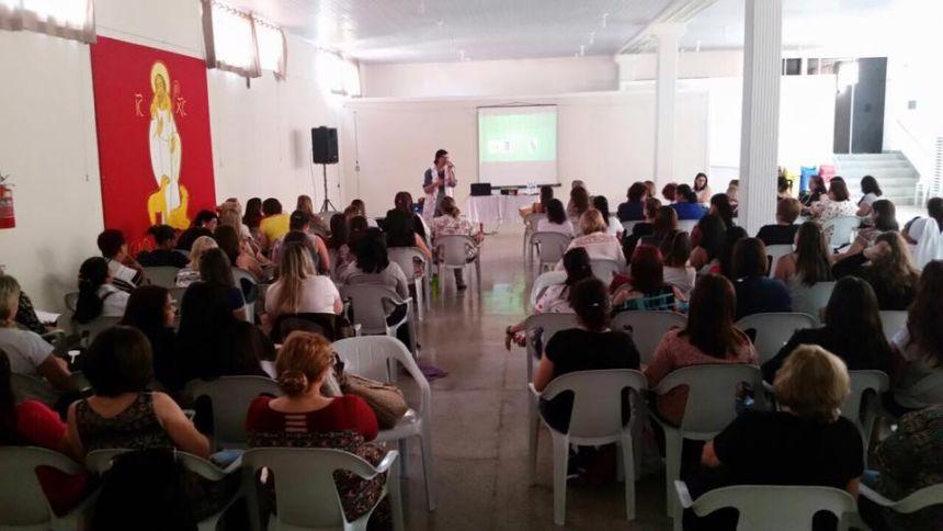 DEPARTAMENTO DE EDUCAÇÃO CAPACITA PROFESSORES NESTA QUINTA E SEXTA-FEIRA